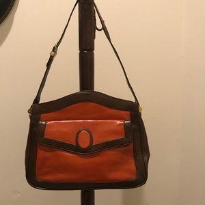 lou Taylor Bags - Vintage Lou Taylor leather purse
